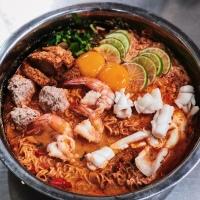 3 Rekomendasi Tom Yum terbaik di Bangkok, Thailand menurut MAKANTERUSSS