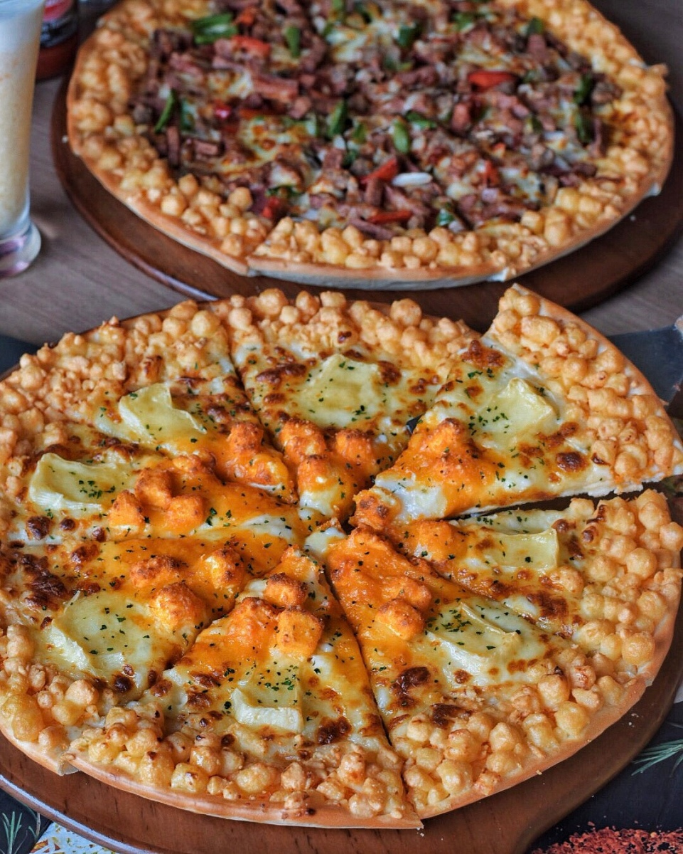 PIZZA HUT NEW MENU : CHEESE WORLD PIZZA 🍕